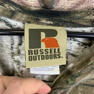 Russell Athletic Shirts - ▪️ 3/$30 Men's 3XL Russel Real Tree Camo Shirt
